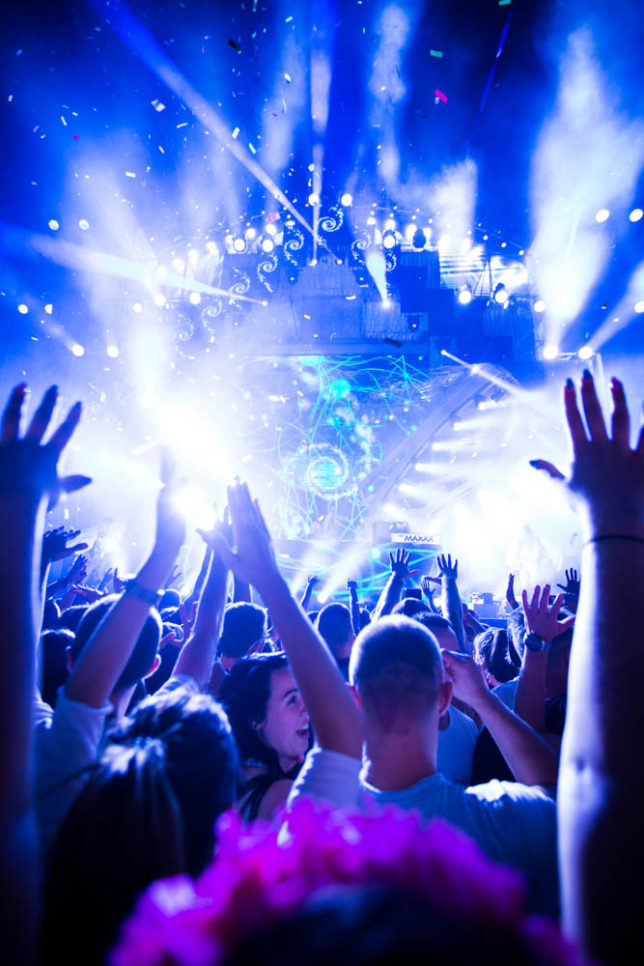 Commercial Advertisement Ad Photoshop Photography Music Concert Festival Tour Backstage Stage - by Julian Erksmeyer EDM Electronic Dance House