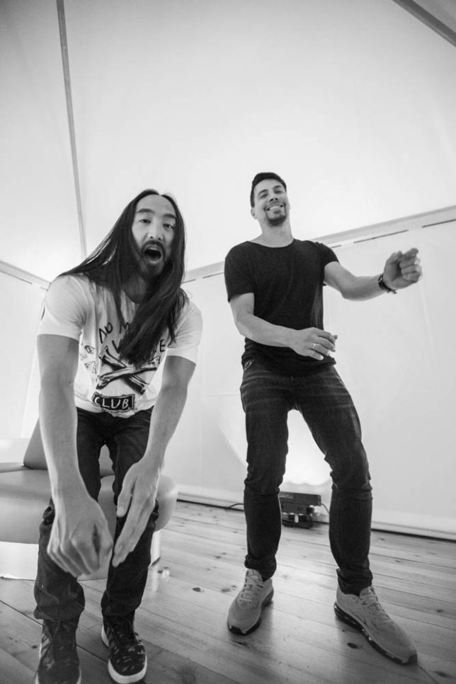 Commercial Advertisement Ad Photoshop Photography Music Concert Festival Tour Backstage Stage - by Julian Erksmeyer EDM Electronic Dance House Aoki Gold Jump Jumping Sneakers