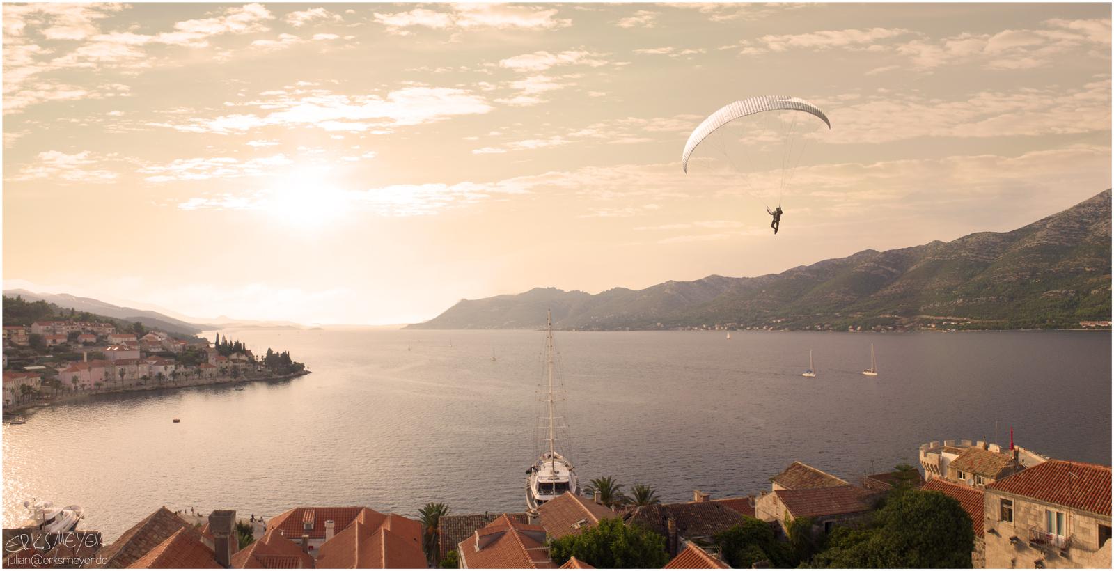 Commercial Advertisement Composing Landscape Ad Photoshop Composite 3D Photography Landscape Sunset Sun Paraglider Parachute by Julian Erksmeyer 2017